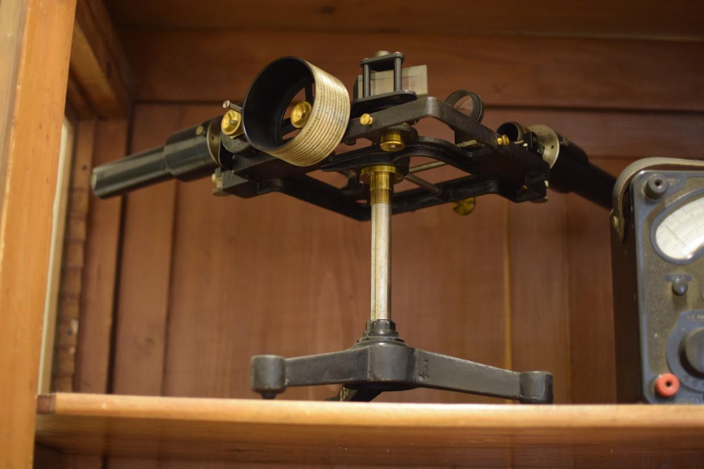Spettrometro di Hilger a deviazione costante