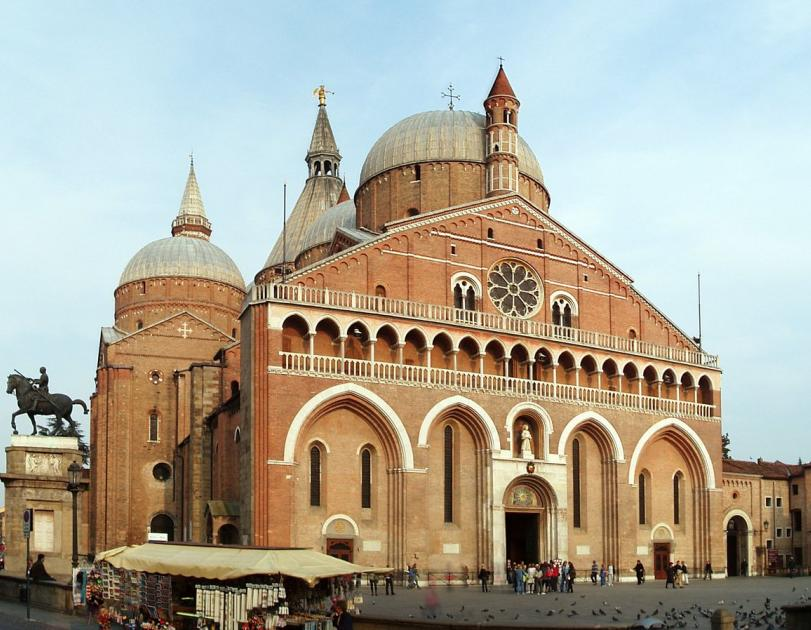 Basilica di Sant'Antonio - La Medicina a Padova