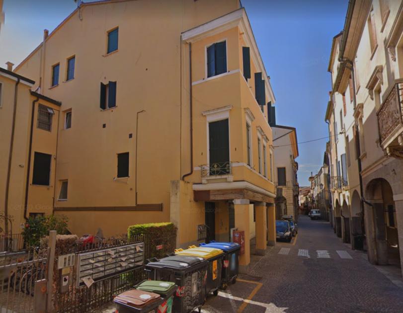 Via Cesare Battisti - La Medicina a Padova